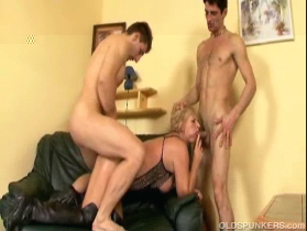 old grandma spunkers double penetrated